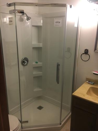 Shower Remodel & Bathtub Refinishing
