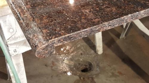 02 Custom Granite Edge Finishing