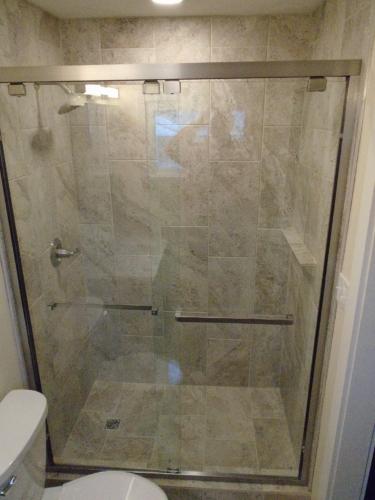 09 Finished Bath Shower