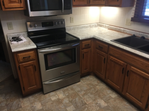 Laminate Countertop Replacement & Cabinet Installation