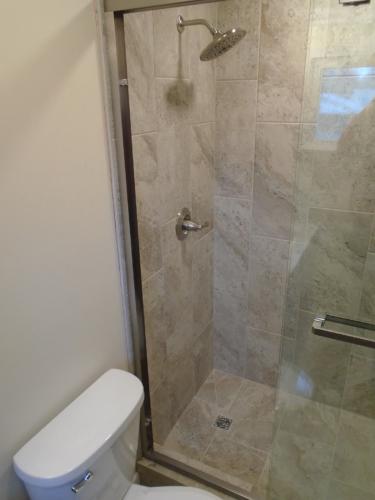 10 Finished Bath Shower Head