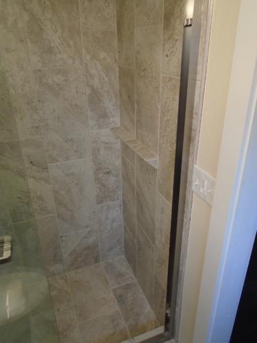 11 Finished Bath Shower Shelf